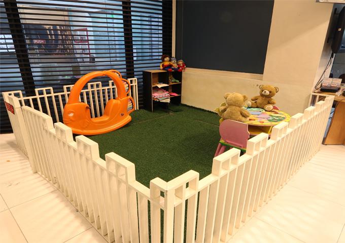 Kiddie Corner